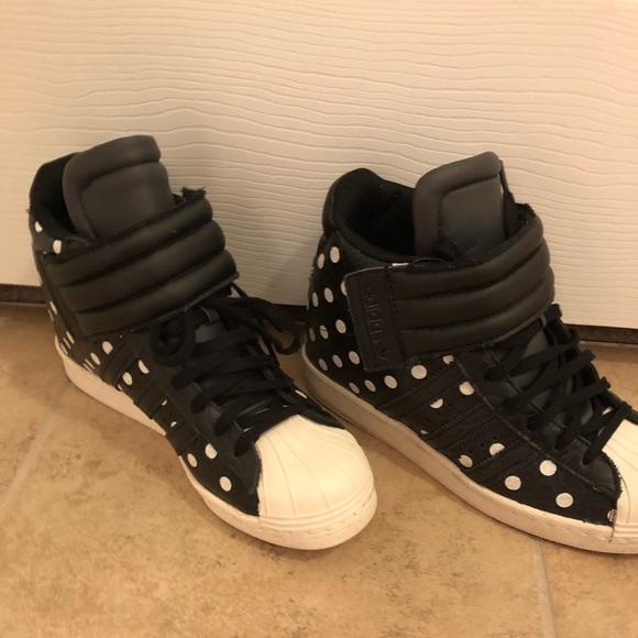 adidas schuhe polka - dot - superstar auf wedge sneaker poshmark